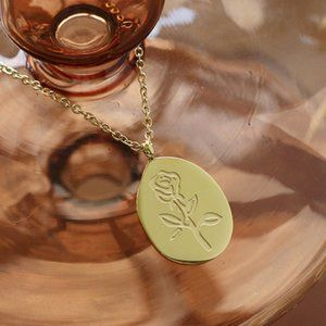NEW 18K Gold Plated Rose Oval Pendant Necklace 1
